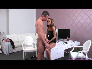 FemaleAgent Nick E171
